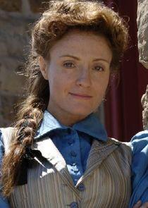 Dr. Julia Ogden